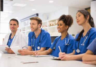 6 Things To Consider Before Applying To Medical School