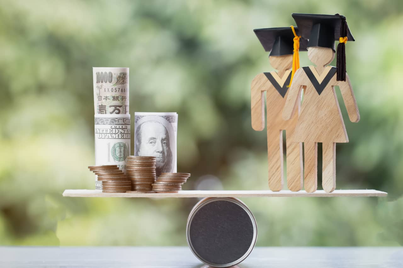 How to refinance your student loans
